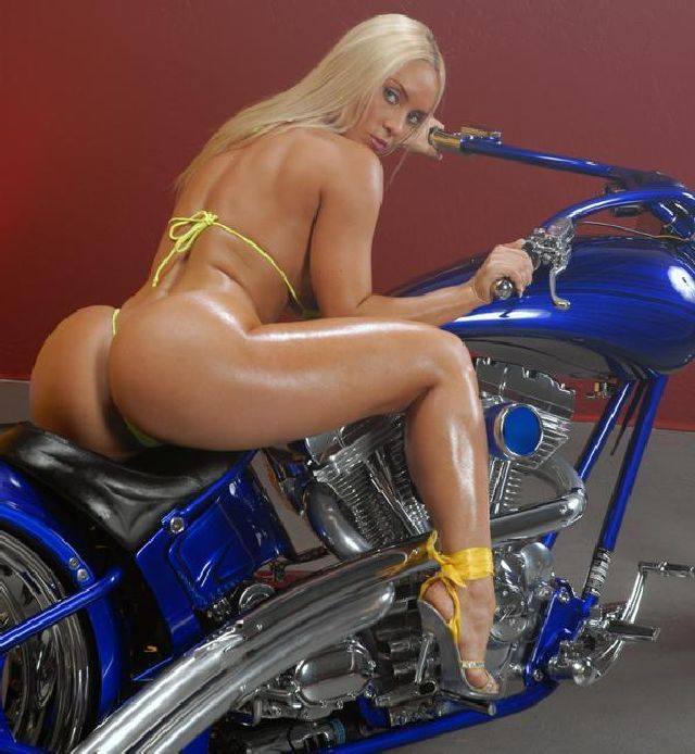 Biker_Babes-005